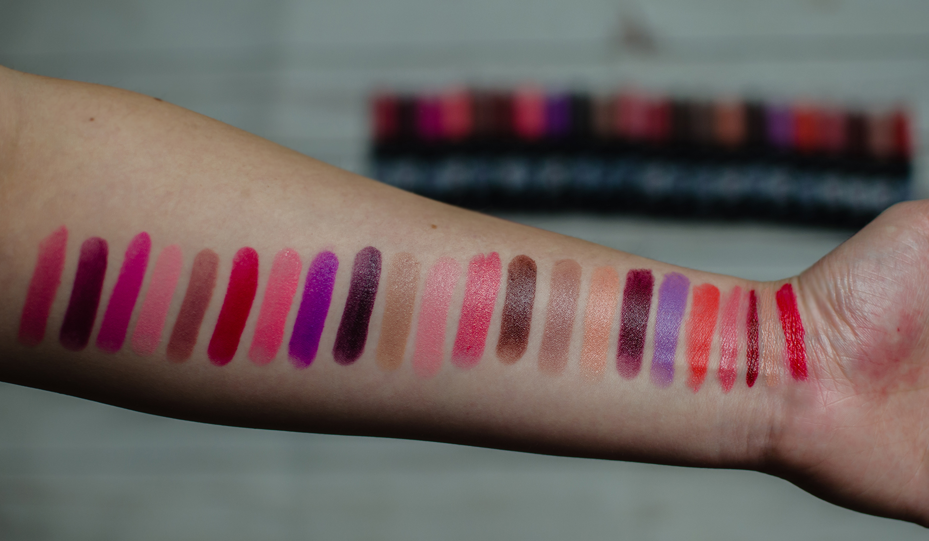 nyx turnt up! swatches
