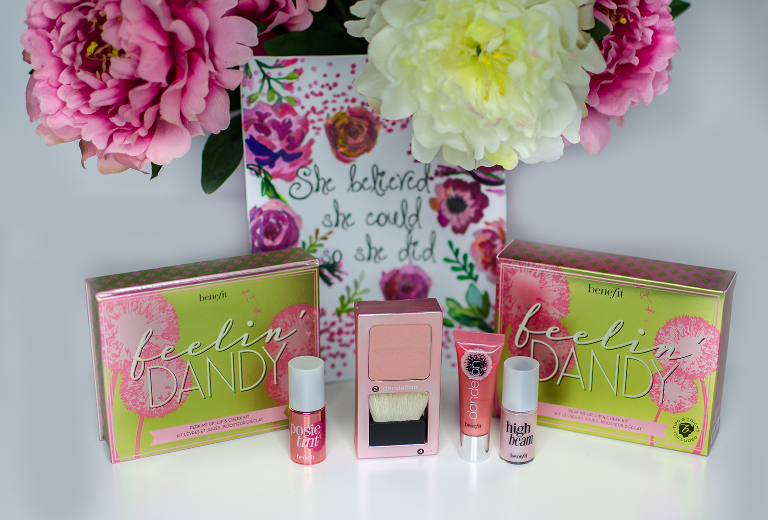 benefit cosmetics mini kit