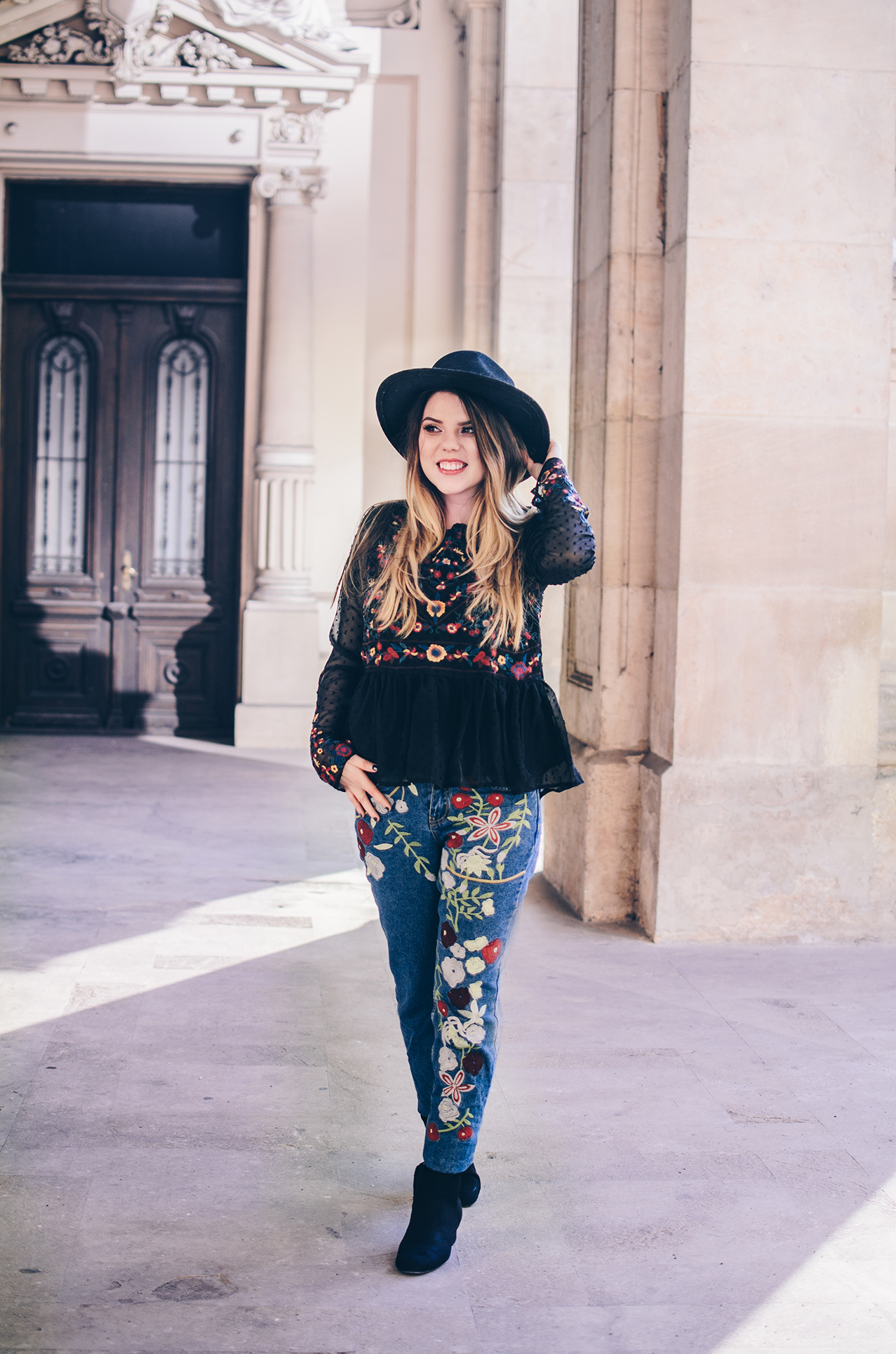 zaful embroidered jeans and blouse anotherside of me blog