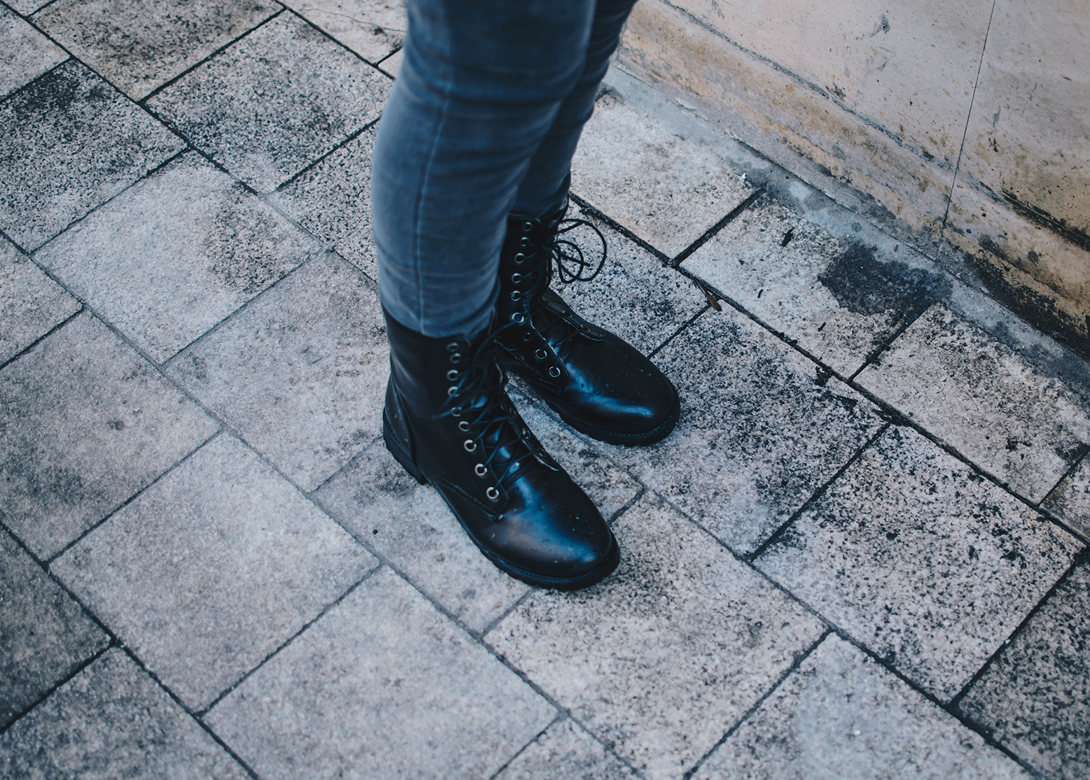 dresslily Lace-Up Women's Combat Boots