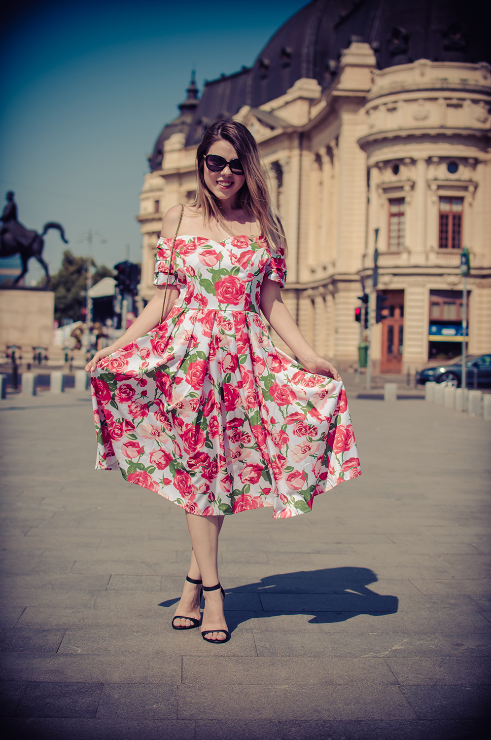 High Waist Off Shoulder Roses Vintage Dress