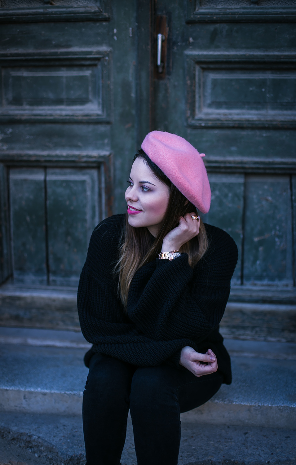 black outfit and pink french beret